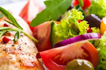 Que tal umas dicas para comer bem no buffet sem abandonar a dieta?