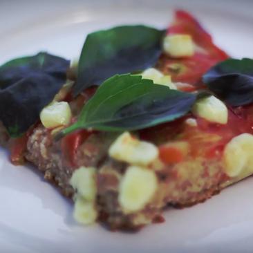Aprenda a preparar uma pizza Margherita com massa integral