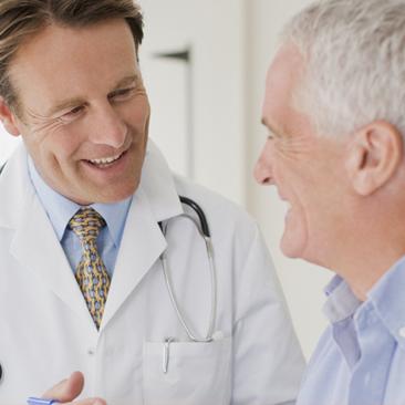 Lembre sempre de identificar as consultas para idosos. Confira o motivo: