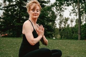 Aprenda técnicas de respiração com o professor de Yoga Alberto Lazzarotto